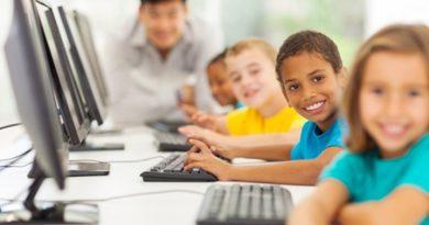 ۹۲ درصد والدین به کودک آنلاین نظارت ندارند
