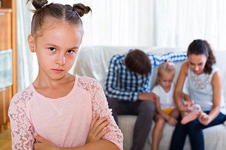 عوامل موثر بر حسادت در بین فرزندان