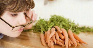 بهترین مواد غذایی برای تقویت بینایی کودکان