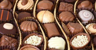 6 دلیل برای اینکه حتما شکلات بخورید!