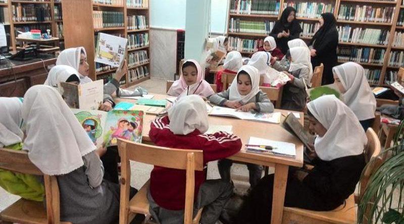 توسعه کتابخوانی در میان دانشآموزان