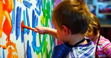 علاقه مندی کودکان به رنگها